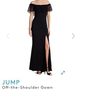 JUMP Off-the-Shoulder Gown/Lace Detail/Black Tie